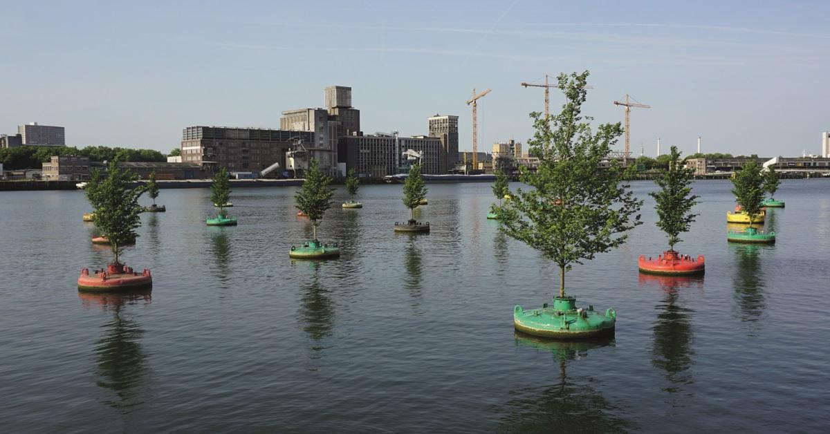 Dobberend Bos onderweg van Rotterdam naar Floriade Almere Floranews