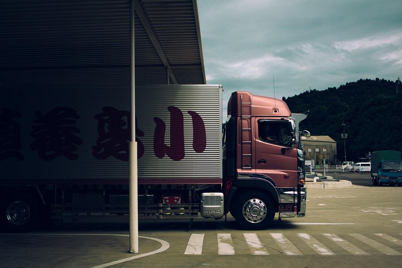 vrachtwagen lossen